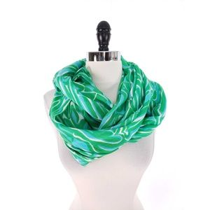 Lilly Pulitzer Riley Inifinity Loop Scarf